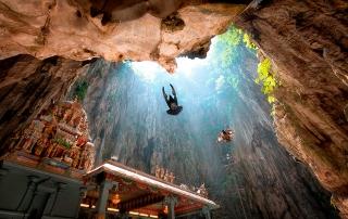 Birds-at-the-batu-caves7