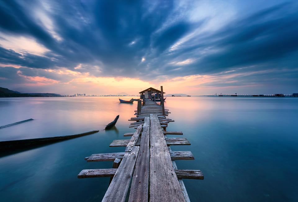 Sunrise-at-Dove-Jetty,-Penang6