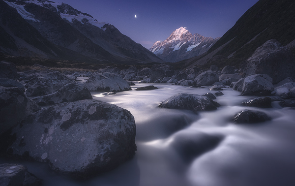 moon river mt cook at night